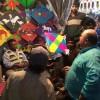 Simon Crafts haggles over kites