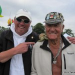 Two great multiple kite fliers, Steve de Rooy and Ray Bethell
