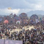 An intimate kite flying festival with 100,000 Guatemalans.