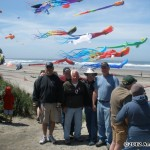 Suspended Animation show kite team