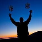 Sunset - Steve de Rooy hefting his Roks