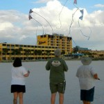 KiteOberFest - Alden Miller Fly - Kelly, Alden, Jay