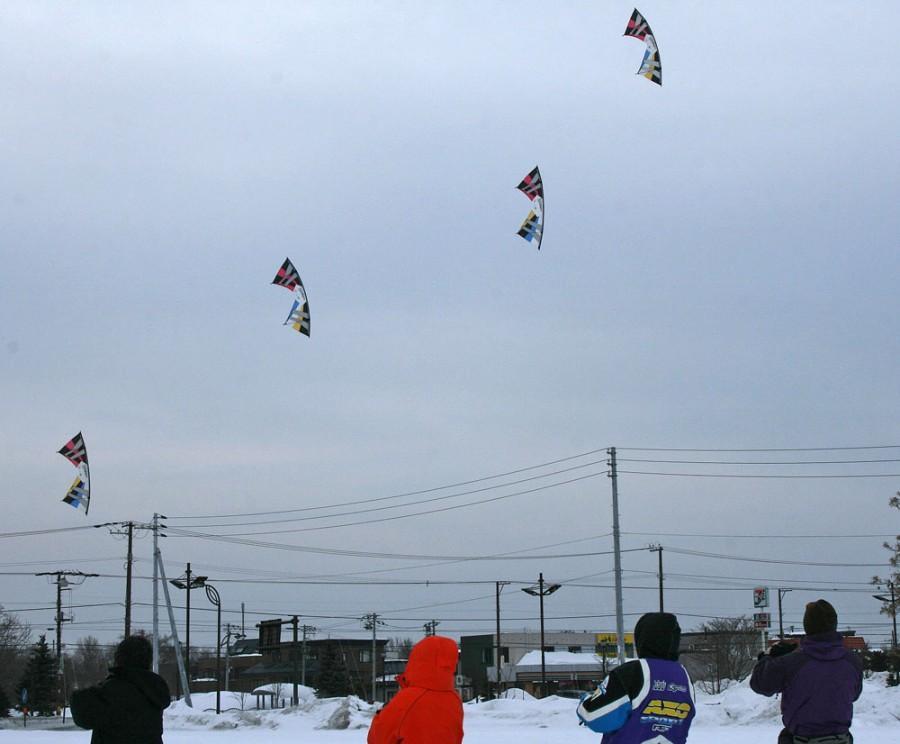 Feb.06.2011MK flight with Team EZO 2.jpg