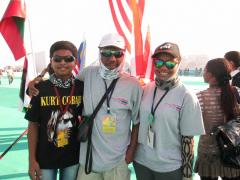 Malaysia Kite Flying Team at International Kite Festival 2013