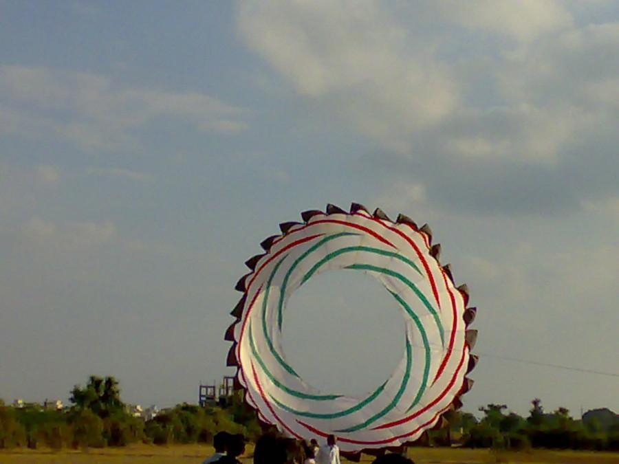 30 feet diameter ring kite