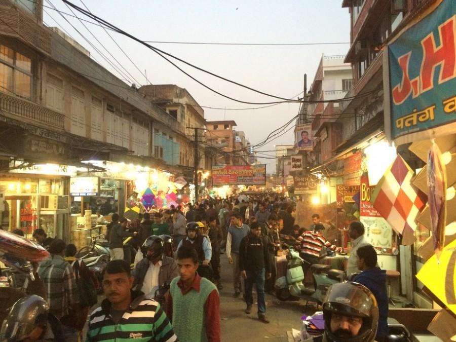 Kite market, not quite at full swing...