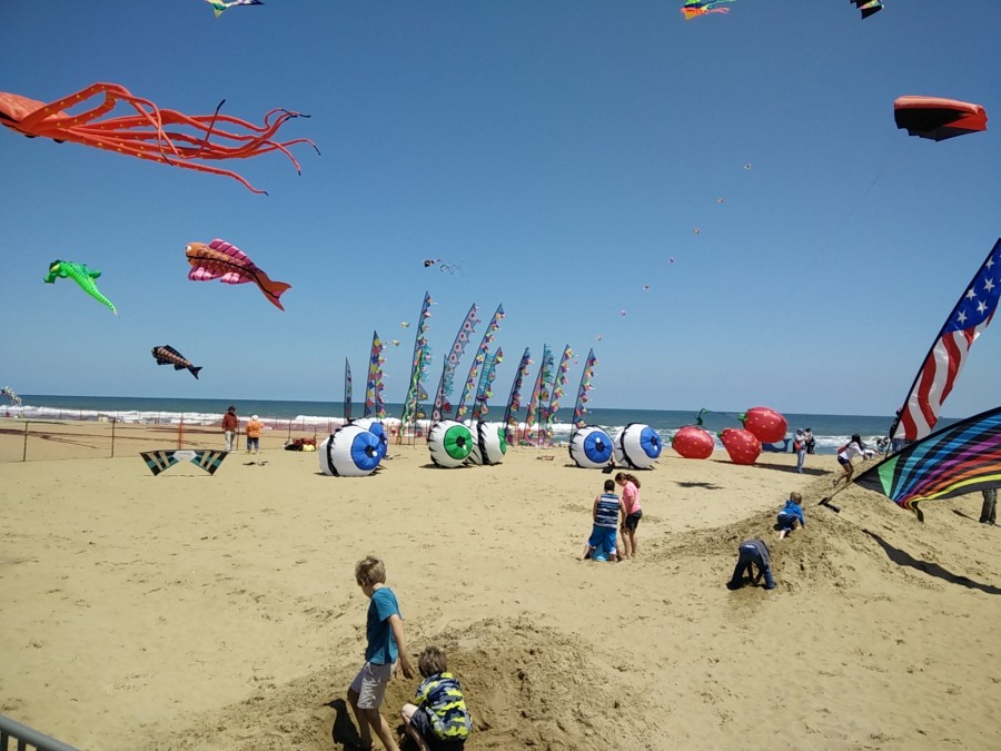 5/2/2015) - Atlantic Coast Kite Festival, Virginia Beach,VA