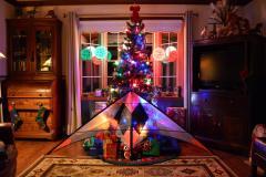 Saber II tree lit