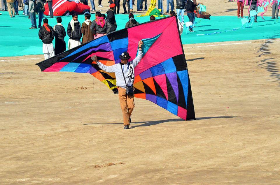 Paavan_Solanki_Kite_Flying_Association_India.jpg