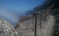 t-steepCliff-b.jpg