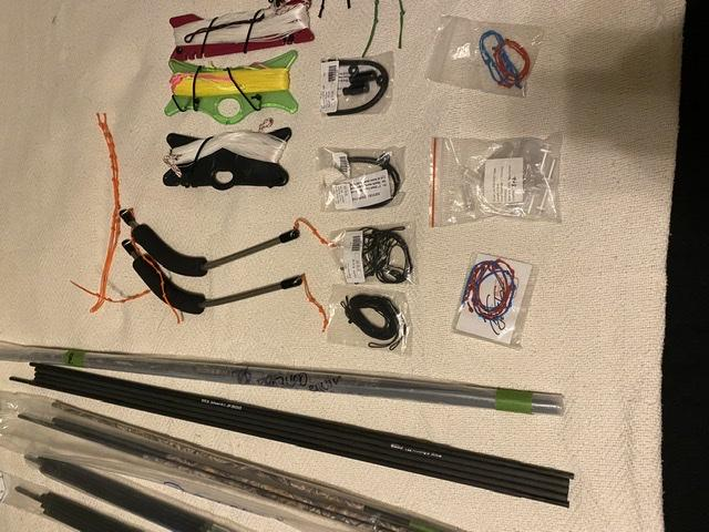 3 Rev kites and accessories lot