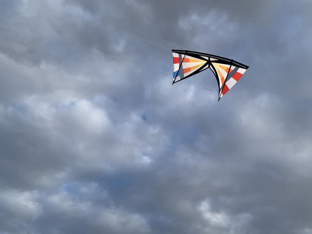 Swiss Made Mid Vent Nederlân Series x Bunduki Vlieger
