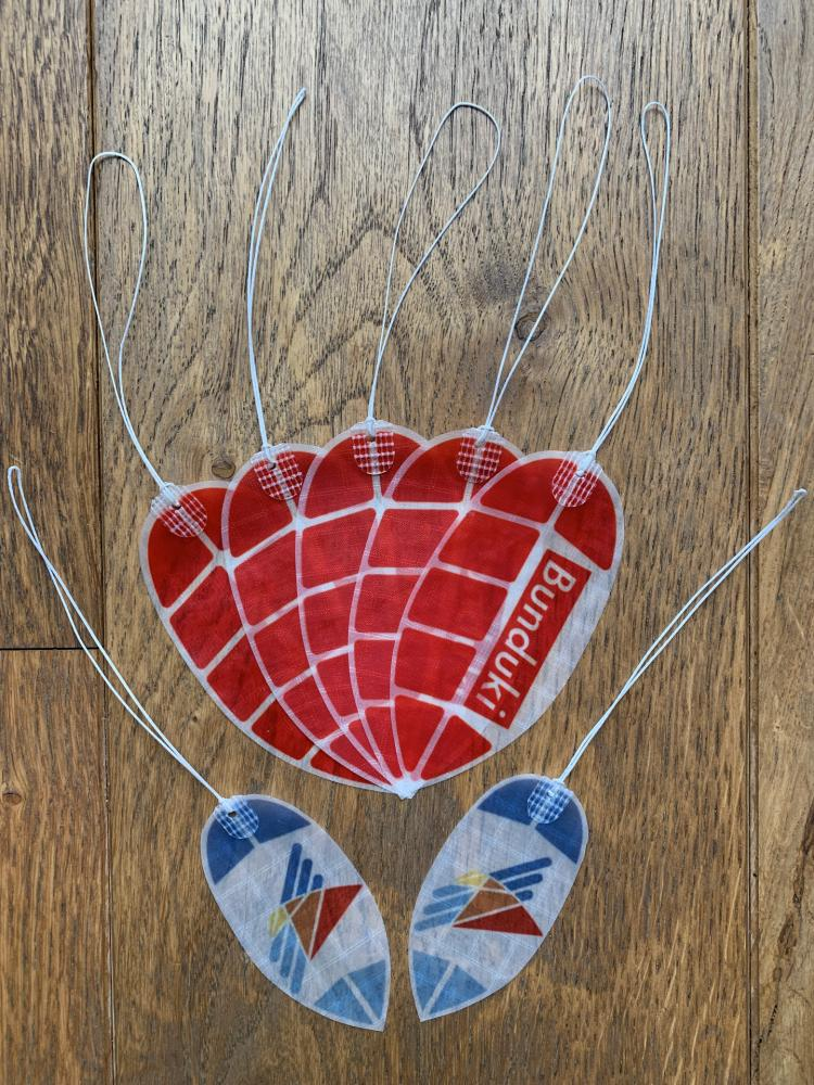Feathers x Bunduki Vlieger